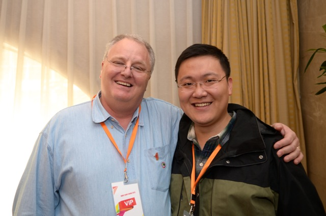 2013年10月27日 RubyConfChina 2013 与 Dave Thomas 签售合影